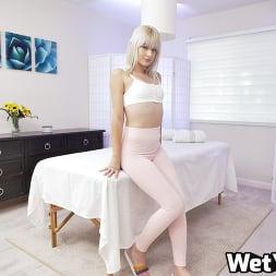 Jessie Saint in 'Wet VR' Oiled Through (Thumbnail 1)